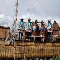 Chipaya viajan al Lago Titicaca para intercambiar buenas practicas