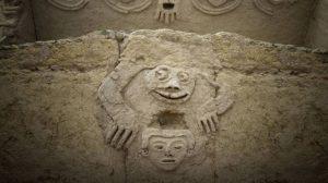 Hallan en Perú un mural tallado hace 3.800 años que podría señalar al cambio climático